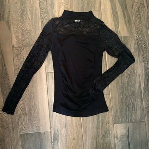 💗 5 for $25 Agaci lace long sleeve